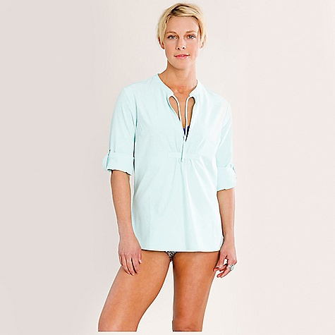 On Sale. Free Shipping. Carve Designs Women's West Sunshirt DECENT FEATURES of the Carve Designs Women's West Sunshirt 27in. long Mandarin collar V-neck Gathering detail at center front and back Adjustable sleeves with button tab The SPECS 4 oz Stretch Polyester 86% Polyester / 14% Spandex DWR Finish and UPF Protection - $49.56
