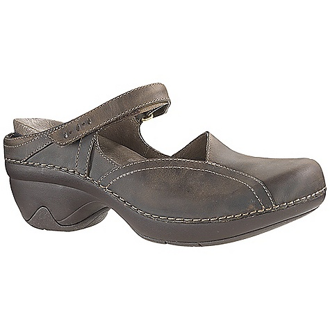 Free Shipping. Patagonia Women's Better Clog Curve Shoe DECENT FEATURES of the Patagonia Women's Better Clog Curve Shoe Full grain leather upper with hook-and-loop strap closure Glove-like pigskin lining for comfort and durability Latex footbed with glove-like pigskin linings for comfort and durability 2mm nylon 6.6 arch shank for support and natural forefoot flex 2mm EVA insole provides extra cushioning and comfort Lightweight, high abrasion PU cored midsole for long-term comfort in.Glide-Rightin. Platform: heel strike and toe spring combine for a comfortable and smooth heel-to-toe transition 20% recycled rubber outsole for traction and durability; rubber extends on the lateral and medial sides of the heel for additional stability Heel height: 3.5 cm / 1.4 inches (Italian way: heel axis, about middle of heel at top, to bottom of sole) Construction: Sidewall stitched Last characteristics: medium width, medium toe box and arch support The SPECS Weight: 1/2 pair: 11.28 oz Better Leather Firm Support/flex Hevea Natural Latex Recycled Rubber - $124.95