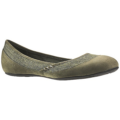Free Shipping. Patagonia Footwear Women's Maha Shoe DECENT FEATURES of the Patagonia Women's Maha Shoe Natural Hemp/Nubuck Leather upper provides breath ability and comfort Soft pigskin lining provides comfort Leather lined, 20% recycled anatomical EVA footbed supports, cushions and molds to the contours of your foot Patagonia Air Cushion Plus provides shock absorption 2mm, 20% recycled EVA insole provides extra cushioning and comfort Patagonia Maha sole provides excellent traction and long term durability Last characteristics: medium width, medium arch/instep The SPECS Weight: 1/2 pair: 4 oz Better Leather Soft Support/flex Recycled Rubber - $99.95