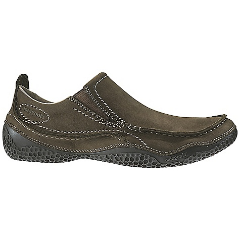 Free Shipping. Patagonia Footwear Men's Cardon Shoe DECENT FEATURES of the Patagonia Men's Cardon Shoe Full grain/nubuck leather upper Pigskin leather lining provides comfort and durability Pigskin leather footbed provides comfort and durability 20% Recycled EVA midsole provides cushioning and comfort Honeycomb 70% natural hevea latex outsole Stitched outsole construction provides durability while minimizing the use of solvents and adhesives Medium width, Full toe box, Medium arch/instep The SPECS Weight: 1/2 pair: 9 oz Better Leather Soft support/flex Hevea Natural Latex Resole - $139.95