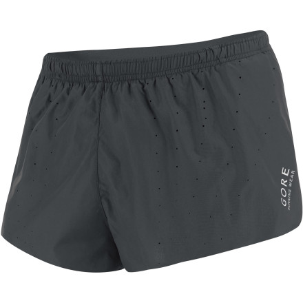 Fitness At less than three ounces, the Gore Running Wear Men's Magnitude 2.0 Split Short barely registers on the scale but you'll notice the difference when you run. The mesh inner short helps circulate cool air and draw moisture away from your skin while the classic, high-mobility overlapping design gently flows with your legs for total comfort on the road or the trail. - $55.95