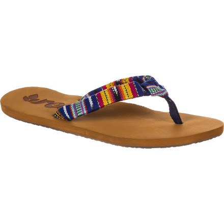 Pick up the Reef Guatemalan Knot Flip Flops and accessorize with some Central American style this summer. - $27.16