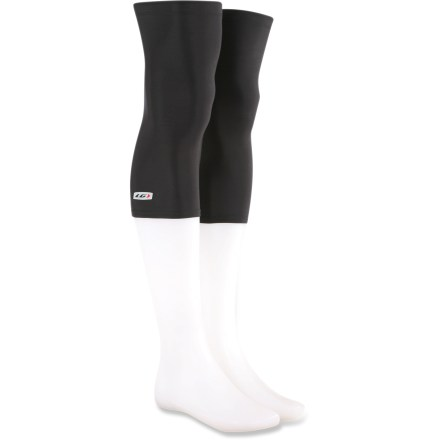 Fitness Adding warmth without the commitment of long leggings, the Louis Garneau knee warmers are soft, lightweight, breathable and removable so you can ride comfortably as the climate changes. Nylon/spandex blend offers snug fit without being too tight; brushed microfleece interior wicks moisture away from skin while adding light insulation. Integrated UPF 50+ sun protection continuously guards against harmful ultraviolet rays. Elastic thigh cuffs with grippers keep the Louis Garneau knee warmers in place. Reflective logo helps increase visibility in low light. Closeout. - $14.73