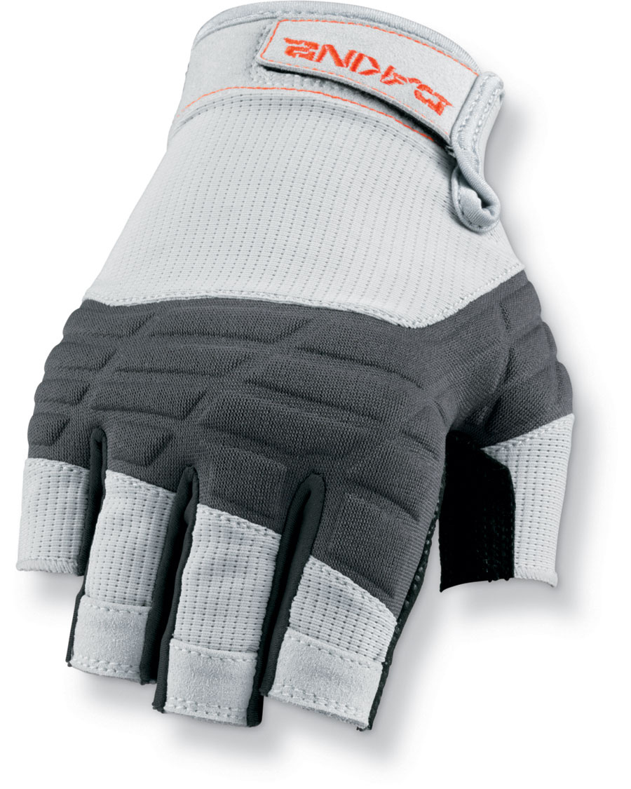 Surf The half finger glove combines ultimate performance and styling, with a durable construction. Unique pull tabs help when taking the gloves off.Key Features of the Dakine Half Finger Sailing Gloves: Non slip palm material Unique finger pull tabs allow easy removal Compression molded neoprene back panel Breathable mesh for maximum comfort - $22.95