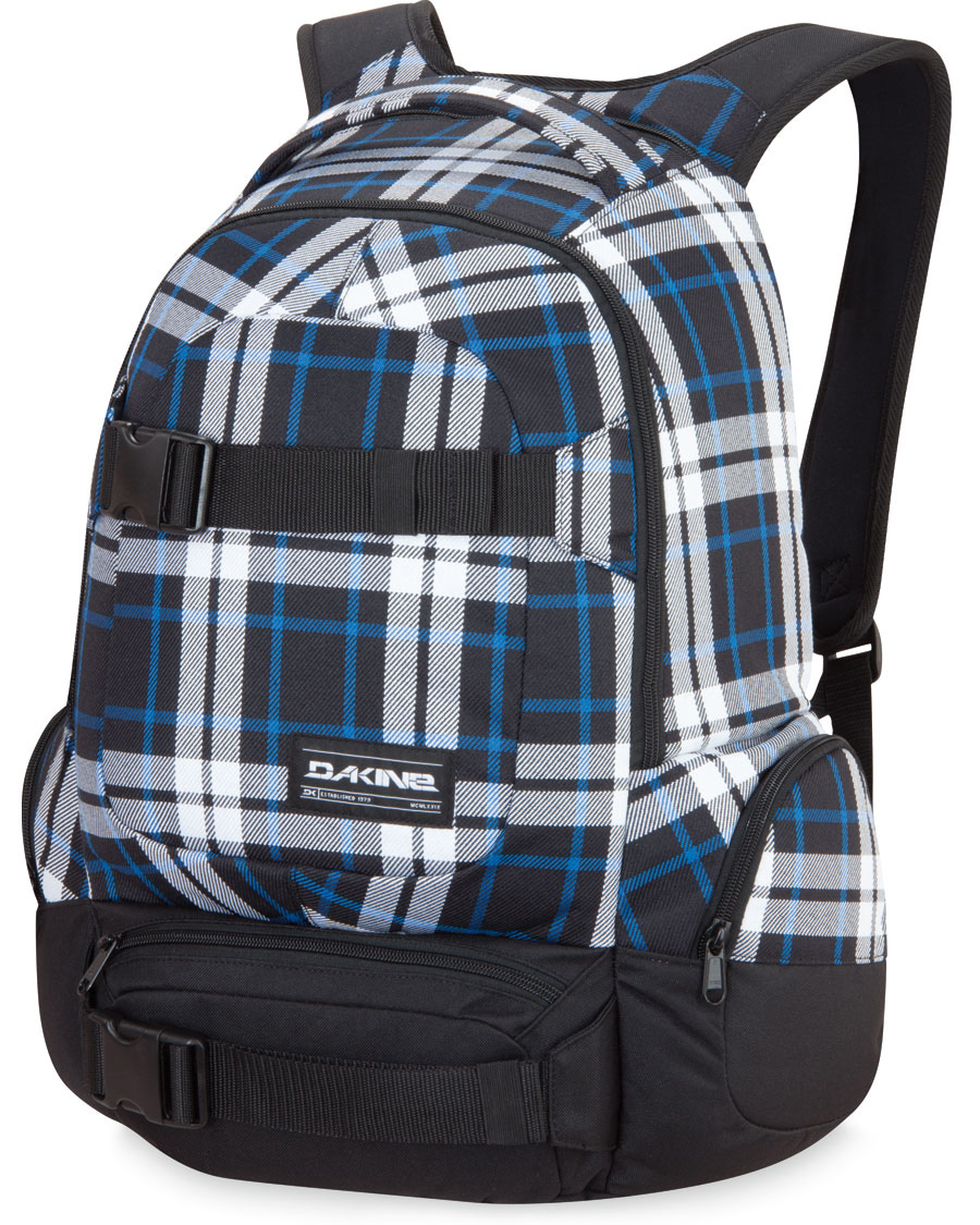 "Skateboard Key Features of the Dakine Daytripper Backpack 30L: 1880 cu. In. [30L] 19 x 12 x 9.5"" [48 x 30 x 24cm] 600D Polyester Laptop sleeve Fits most 15"" laptops Skateboard carry straps Fleece lined sunglass pocket Zippered side pockets - $38.95"