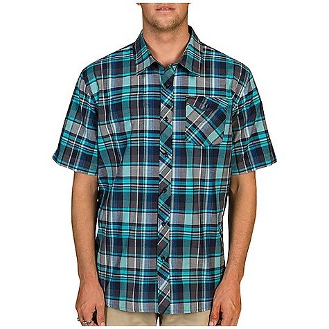 Surf Billabong Men's Jackson SS Woven DECENT FEATURES of the Billabong Men's Jackson Short Sleeve Woven Short sleeve yarn dye plaid woven with dual front chest pockets Garment features contrast pocket styling Woven labeling and chambray fabric detailing The SPECS 55% Cotton 45% Polyester - $44.95