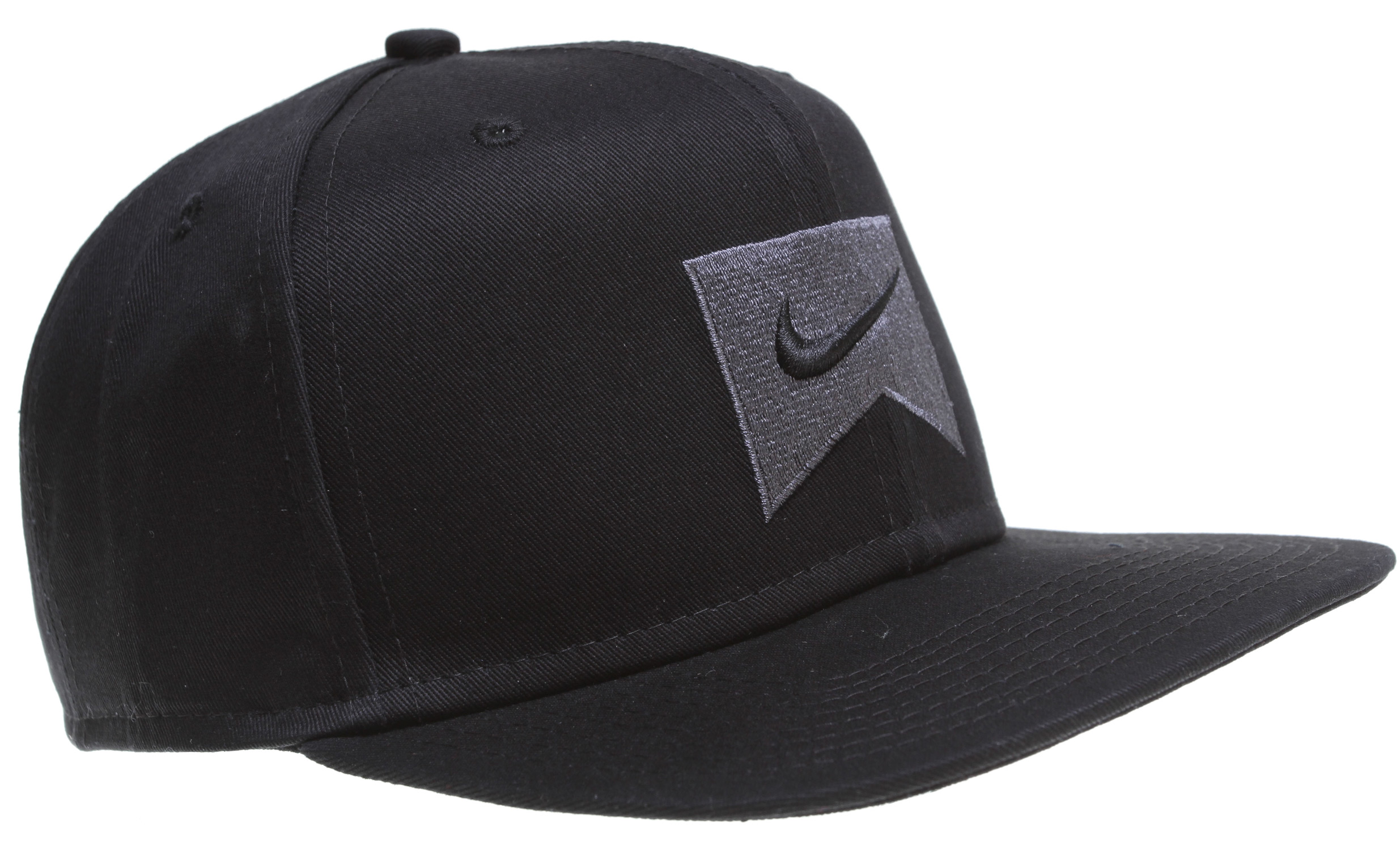 Skateboard Key Features of the Nike Ribbon Snap Back Cap: Snap back. Hi-density embroidery front graphic. Logo woven label. 100% cotton twill. - $22.00