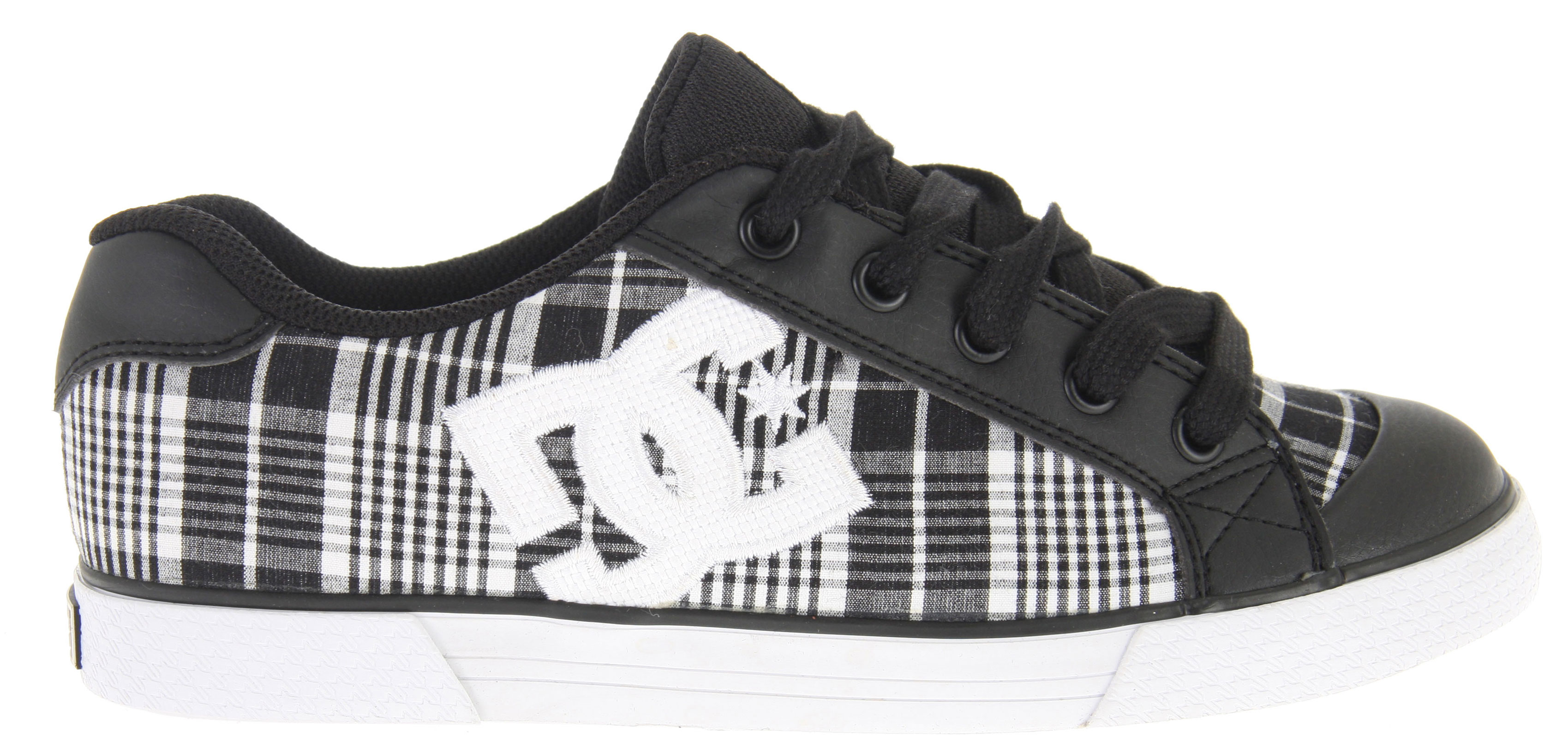Skateboard Key Features of the DC Chelsea Skate Shoes: Synthetic leather or synthetic nubuck upper Lightweight jacquard upper Eyelets on medial side Foam-padded tongue and collar Lightweight mesh tongue Vulcanized construction Sticky rubber outsole - $31.95