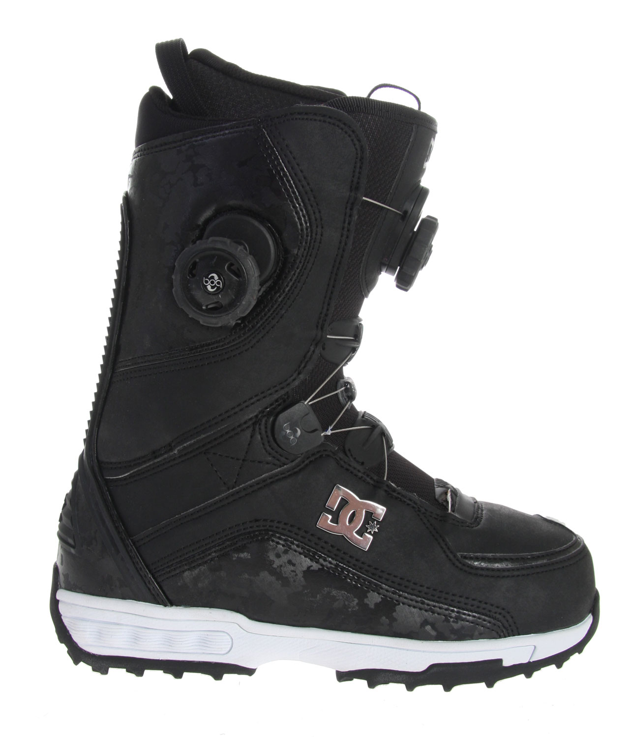 Snowboard A classic favorite, back and better. You recognize the name, but the new fit and performance takes the redesigned Judge boot to another level. Designed to be versatile, the always popular judge can be ridden anywhere on the hill.Key Features of the DC Judge Boa Snowboard Boots: Water Resistant Synthetic Leather Upper Boa Technology Focus System Ergonomically Engineered 3D Tongue Articulated Upper Cuff Internal Ankle Harness Welded Backstay Molded EVA Midsole Functional Sole Design Flex: 7 - $158.95