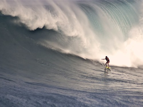 Surf big wave