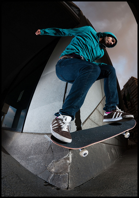 Skateboard Antonio Romanelli wallie