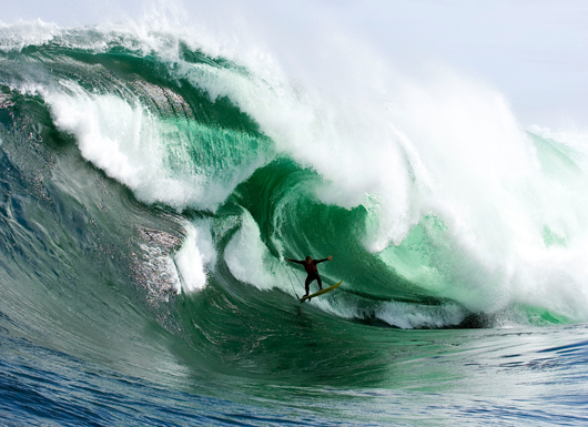 Surf Surf Big Waves at Shipsterns Bluff - Tasmania, Australia