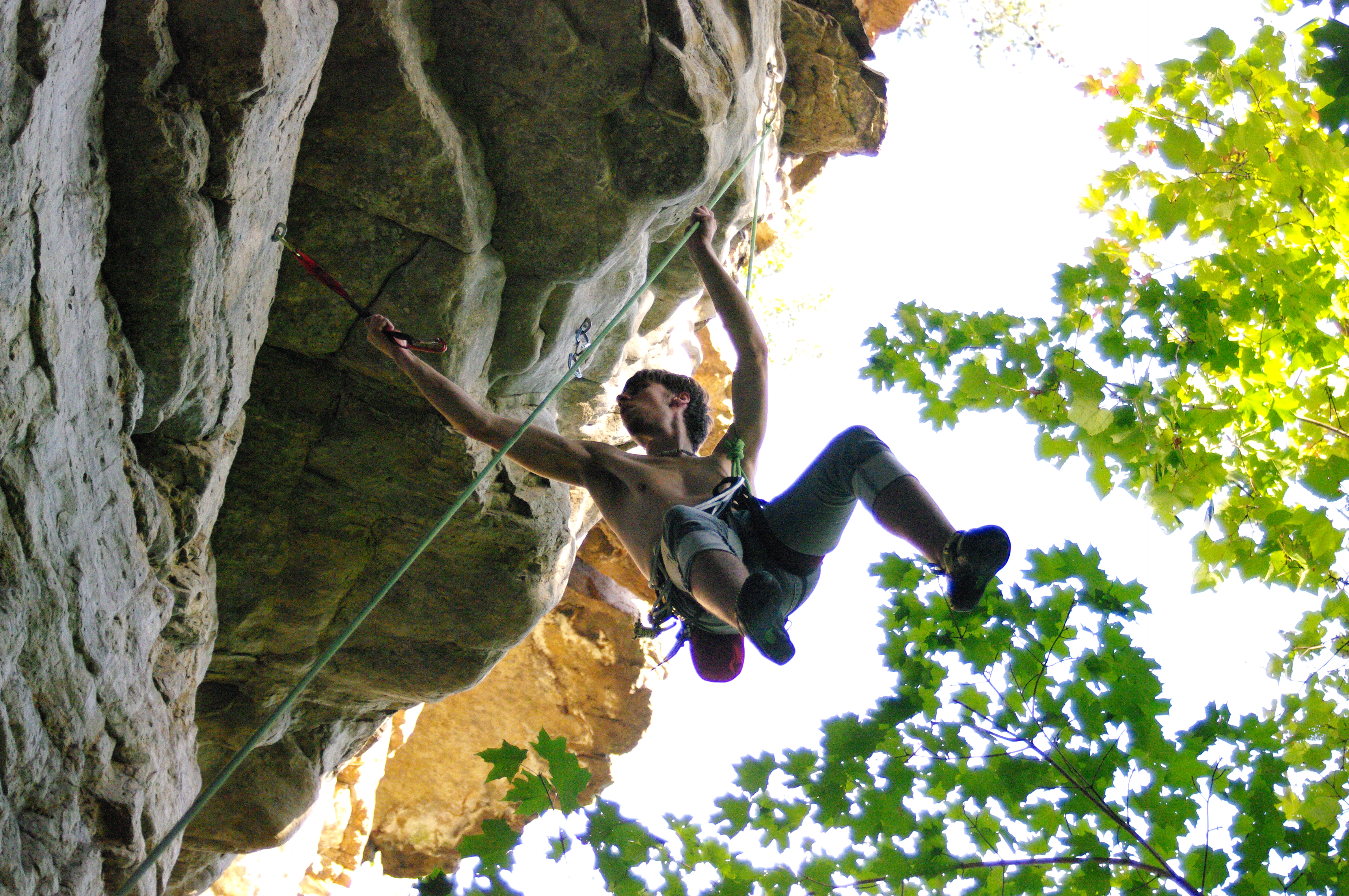 Climbing Sam falling off the wall after missing a Dyno in Franklin, WV