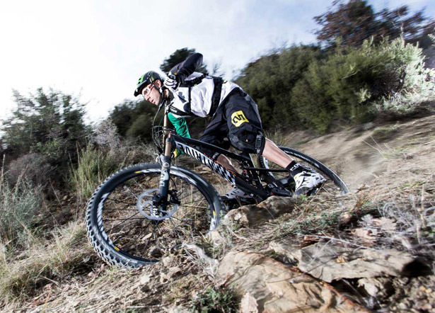 MTB Fabien Barel Jumps into Enduro Racing.