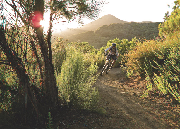 MTB 5 Tips to Avoid Mountain Bike Crashes.  Paul Howard, who coaches both clients and other mountain bike instructors, walks us through the basics.  Article by Paul Howard