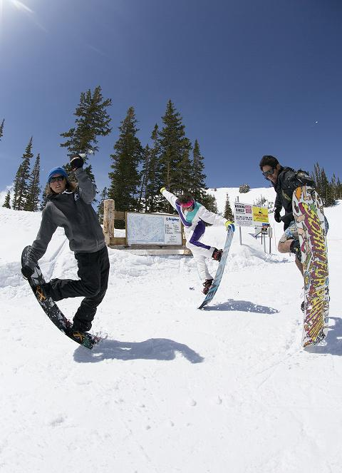Snowboard Ozzy Henning, Chris Frost, and Willis Grigsby got together to take some laps on closing day at Brighton Resort while filming for the April release of 12 Months.The full film drops Monday on TransWorld SNOWboarding.com!
