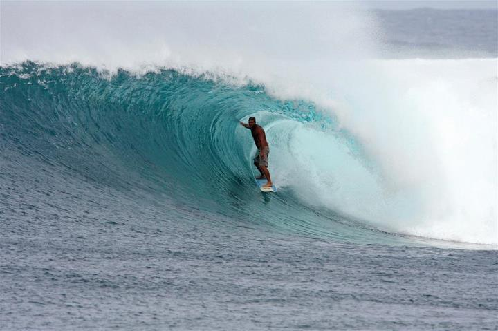 Surf Surfing Magazine, 13 Photos. Dooma photo: Honolua Bay, Maui. A perfectly positioned Maui local with a hand on the wall for maximum style points. http://www.surfingmagazine.com/photos/13-photos-dooma-photos-honolua-bay/