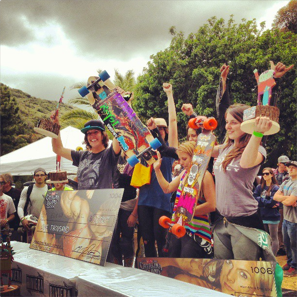 Skateboard Congrats to all the amazing ladies racing this weekend at the Catalina Island Classic! Stoked!  1º Elena Cornigall 2º Tamara Prader 3º Anna O'Neill 4º Rachel Rayne 5º Amanda Powell 6º Sonso Masia 7º Daisy Johannes 8º Katie Nielson