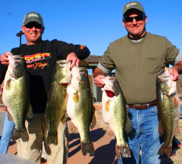 Fishing 42-pound Limit Caught in Oklahoma | The Full Story.  Article posted by Walker Smith