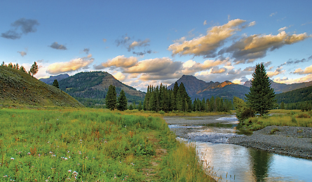 Camp and Hike SECRET HIKES: YELLOWSTONE NATIONAL PARK - What crowds? Lose yourself in the Lamar Valley on this weeklong hike.  Article by Michael Lanza