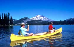 Kayak and Canoe How to Select a Canoe - Factors to consider before purchasing the paddler's craft.  Article by Bass Pro Shops