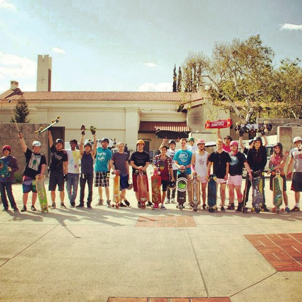 Skateboard Skate to Give with the Harvey Mudd Skate Society! Photo: Divina Ray Allen. #harveymudd #skate #club