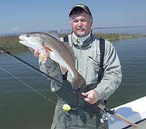 Fishing Redfish on an Incoming Tide.  Article written by Ron Brooks