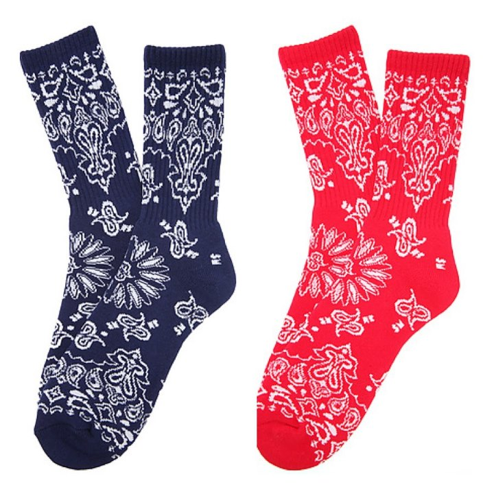 Skateboard SKATE MENTAL just made the plunge into the socks game. Of course they are funnier than all the rest.