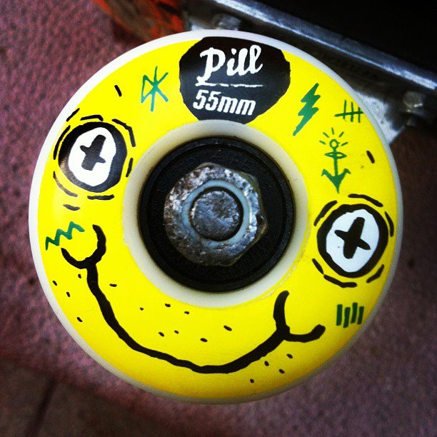 Skateboard Sigan a The Pill Company.!!!!!
