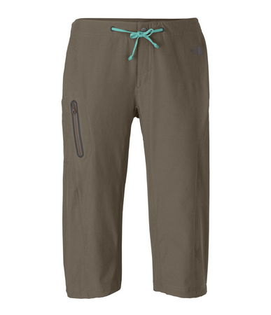Kayak and Canoe TNF Echo Lake Apex Long Shorts are about action and about town. Stretch fabric and convienent front zipped pocket is performance driven. Out of the kayak and into the driver's seat, this capri long short is a go to item. - $30.00