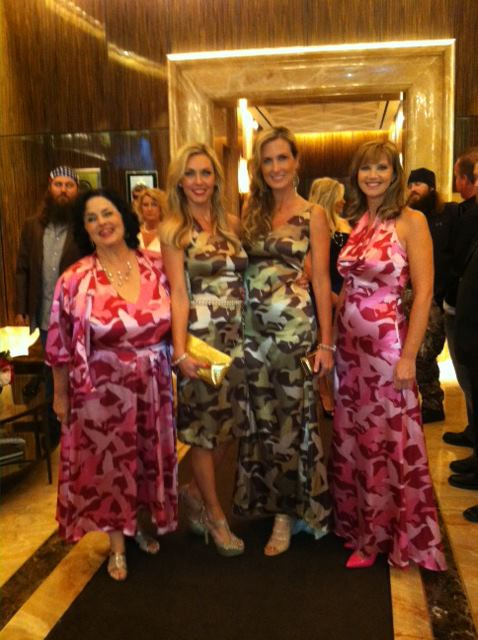 Entertainment No one pulls off camo like the Duck Dynasty on A&E ladies! Looking positively lovely!