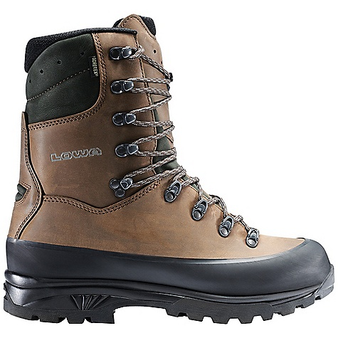 Free Shipping. Lowa Men's Hunter GTX Extreme Boot DECENT FEATURES of the Lowa Men's Hunter GTX Extreme Boot Long considered to be the benchmark boot for big game hunting Tall shaft nubuck upper provides great support in the backcountry PrimaLoft insulation and Gore-Tex lined for all season warmth and waterproof/breathable comfort The SPECS Weight: 2000 gram Upper: Nubuck Lining: Gore-Tex with PrimaLoft Climate Control: Yes Footbed: Balance Comfort Midsole: PU with SPS Cushion Outsole: Vibram Tsavo Stabilizer: 5mm Nylon - $424.95