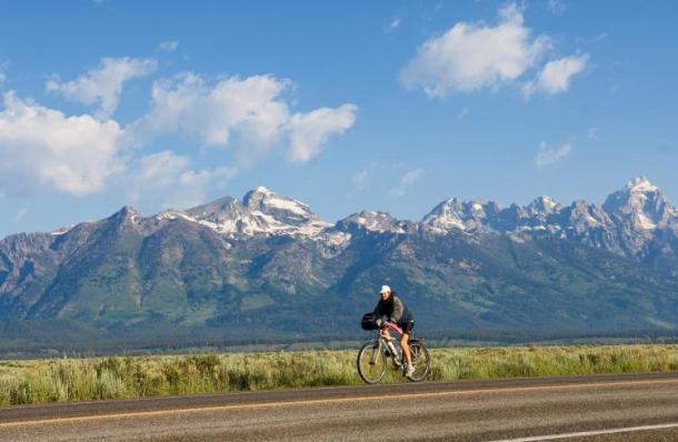 Fitness Bicycling in Wyoming: Wide Open for Two-Wheel Adventure.  Article by Kevin Litwin on March 5, 2013