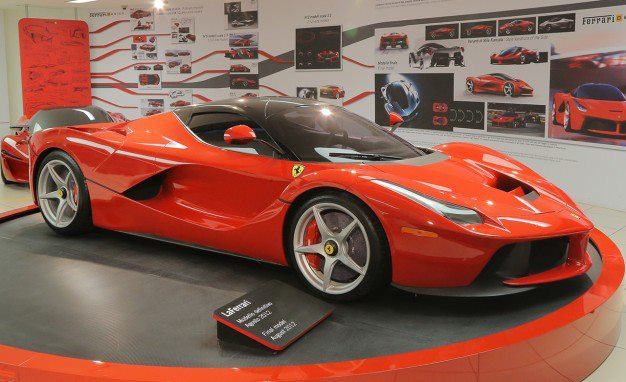 Auto and Cycle The name could still use some work, but Ferrari put plenty of effort into picking the LaFerrari's shape. We explore the designs that didn't make the cut: http://cardrive.co/6034XSuQ