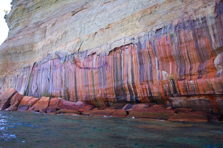Kayak and Canoe Mothers Day is Sunday and if anyone would like to buy Mom a great gift Paddling Michigan is offering a Sea Kayaking Adventure for 2 along the Pictured Rocks, 1 nights lodging at the Days Inn, and a Paddling Michigan t shirt for $277.50. Normal Retail pric