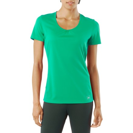 Fitness The moisture-wicking and quick-drying REI Sport T-shirt for women offers an active fit perfectly designed for your workout, whether you're running, lifting weights, or sweating through Pilates class. Ruching at the neckline adds a touch of style. Soft polyester fabric provides UPF 50+ sun protection, shielding skin from harmful ultraviolet rays. Seams are shifted forward to help reduce chafing. Overstock. - $15.73
