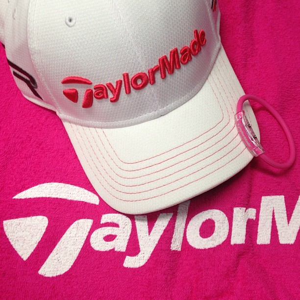 "Golf Happy Mother's Day! To help the PLAYERS ""Pink Out"" celebrating moms and supporting breast cancer research, our pros are using these TaylorMade accessories Sunday. Have a good golf story with Mom? Share it!"
