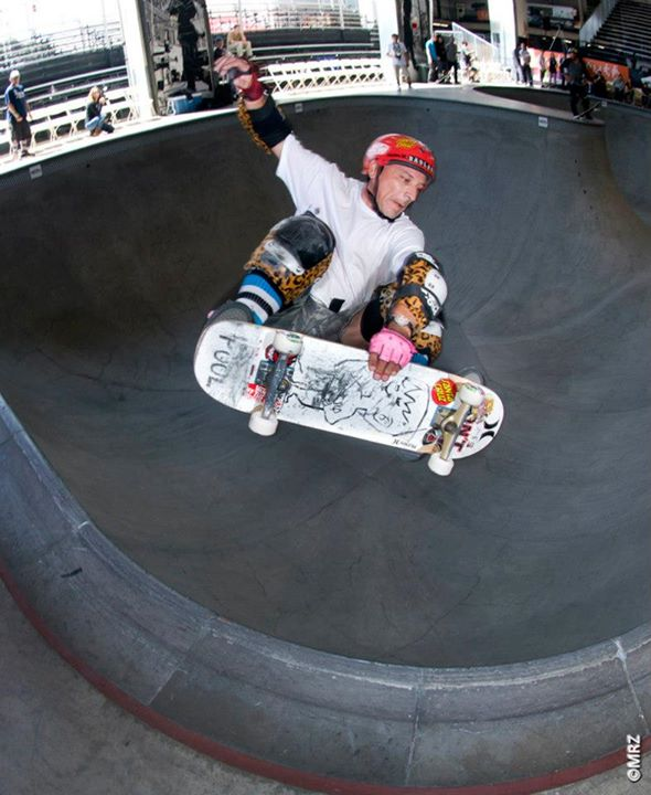 Skateboard Salba - See more at http://vans.com/poolparty - Photo: MRZ