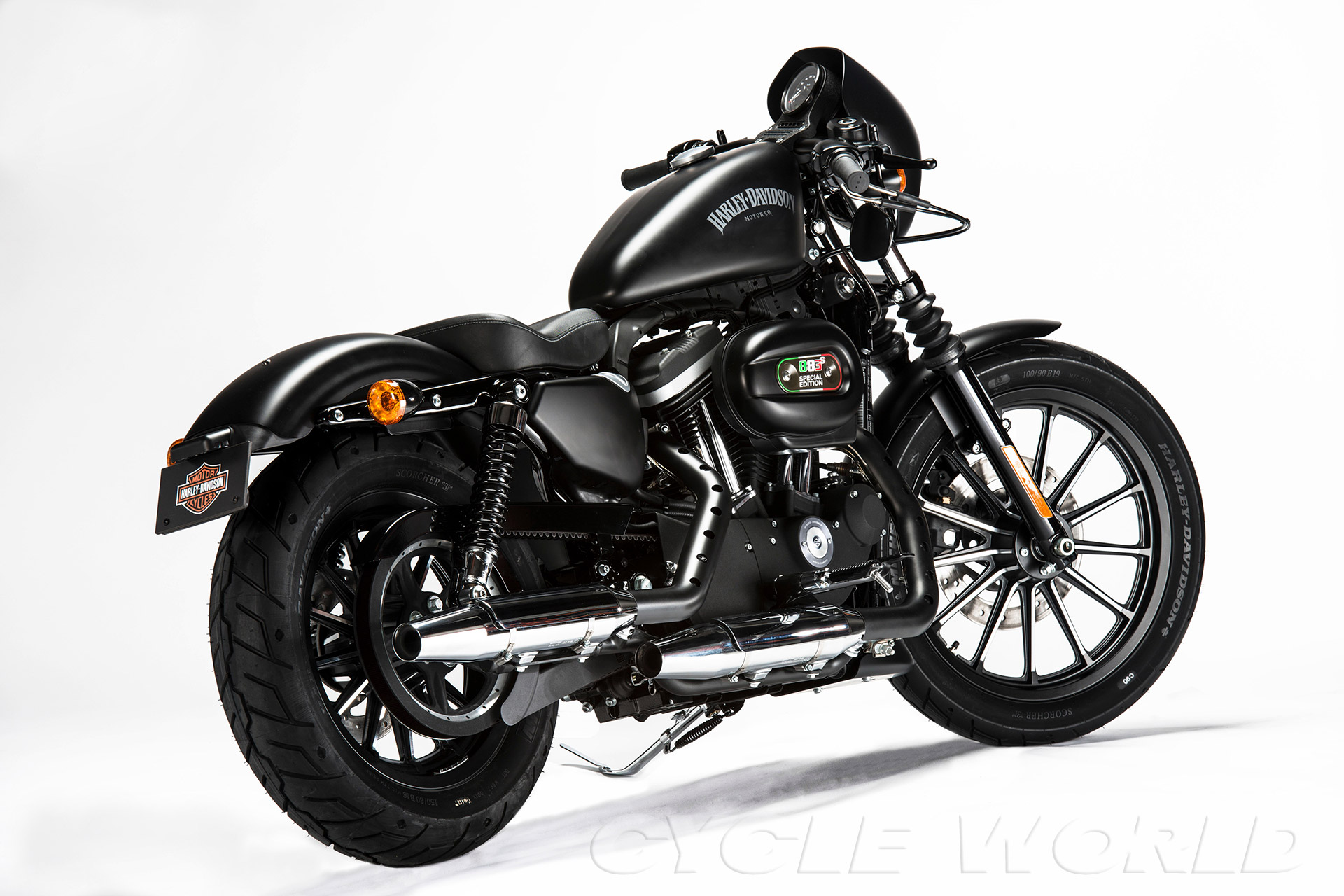 Auto and Cycle 2013 HARLEY-DAVIDSON SPORTSTER IRON 883 SPECIAL EDITION S – FIRST LOOK.  Article by Bruno dePrato on May 9, 2013