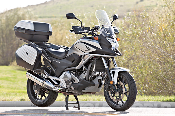 Auto and Cycle HONDA NC700XD ABS – LONG-TERM TEST UPDATE #1.  Article by Cycle World posted April 23, 2013