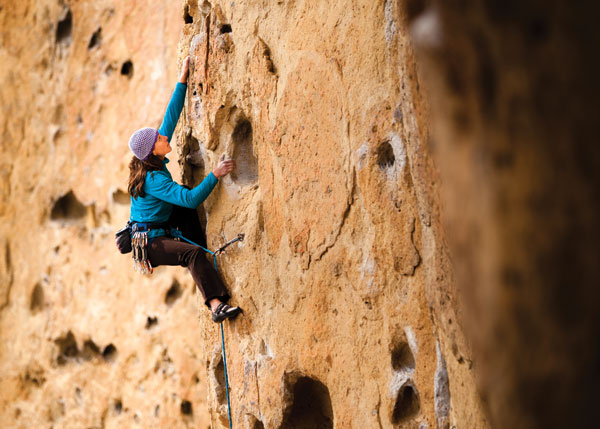Climbing Huecos Over Easy.  Article by Amanda Fox