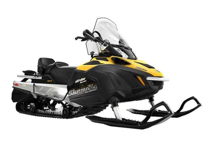 Snowmobile Skandic SWT