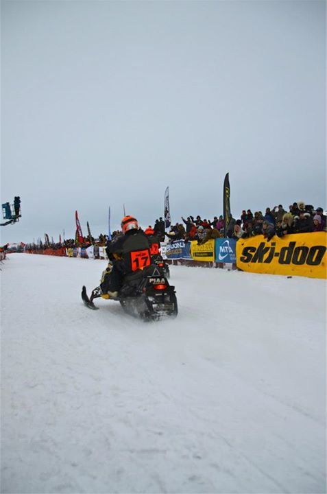 Snowmobile Off the defending champions go, Dusty VanMeter / Marc McKenna