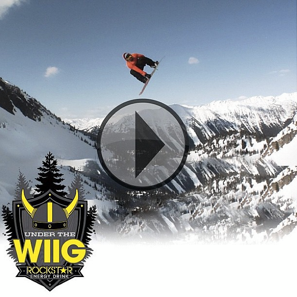 Snowboard Andreas Wiig caught up with the rest of the Vans snow team to take some turns at Mammoth and test out his newest signature boot in this episode of 'Under the Wiig.' Which colorway do you like better? Red & Blue or Black on Black? http://pub.vitrue.com/9SQ