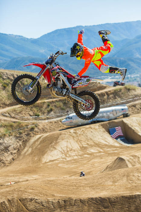 Motorsports WINDY WASTED: 2013 RED BULL X-FIGHTERS GLEN HELEN KICKSTART