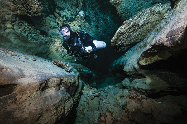 Scuba BLUE LAKE CITY, SOUTH AUSTRALIA