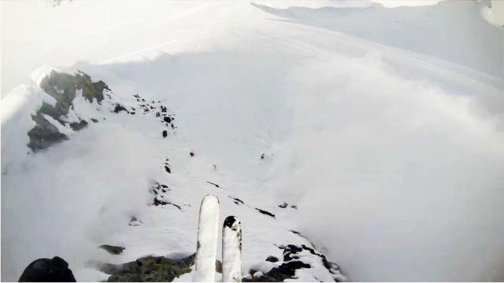 Ski A typical mellow pow turn edit from AK. Not. BOMB SNOW MAGAZINE killing it again: http://bit.ly/12BtNii