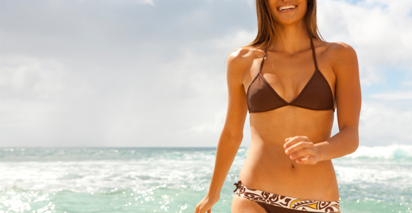 Fitness 10 Weight Loss Tips to Get Swimsuit Ready.  Article by Jamie Yacoub, M.P.H., R.D.