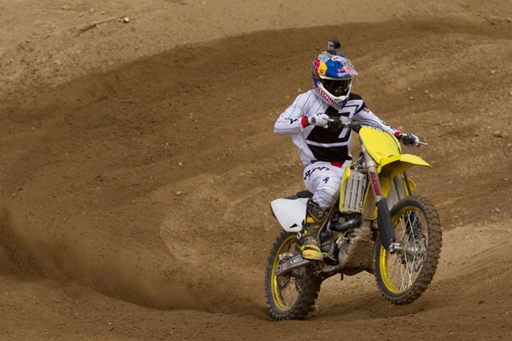 Motorsports Toyota of Escondido caught James Stewart prepping for the upcoming Nationals on a windy day at Comp Edge. See Bubbs in action at http://bit.ly/1052Mlw