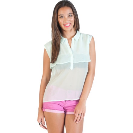 Surf The Volcom Women's Little Feather Sleeveless Shirt leaves you feeling and looking comfortably chic while you wait in line at the deli to order your lunch. It polyester chiffon fabric feels light and airy against your skin so you can enjoy your sandwich out in the park instead of inside. - $44.95
